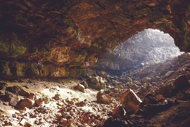 jeskyně v podzemí